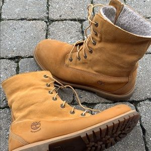 Timberland teddy fleece boots